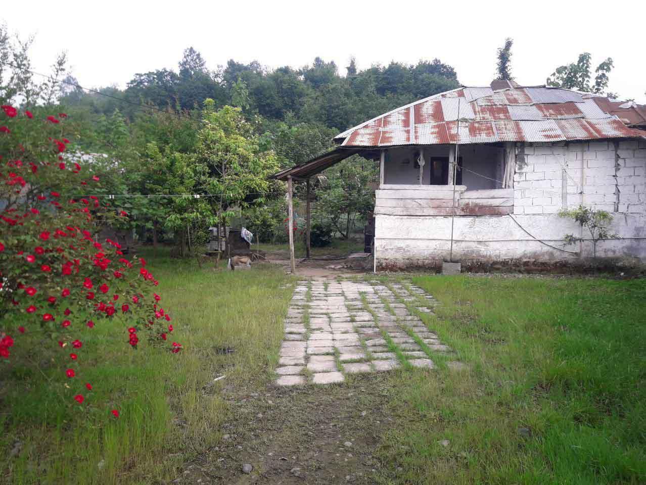 فروش خانه روستایی 500 متر زمین اطاقور