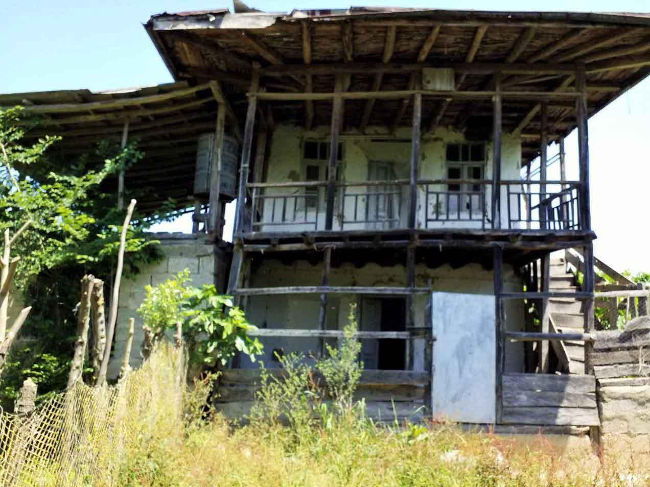 فروش خانه سنتی 600 متر محوطه املش